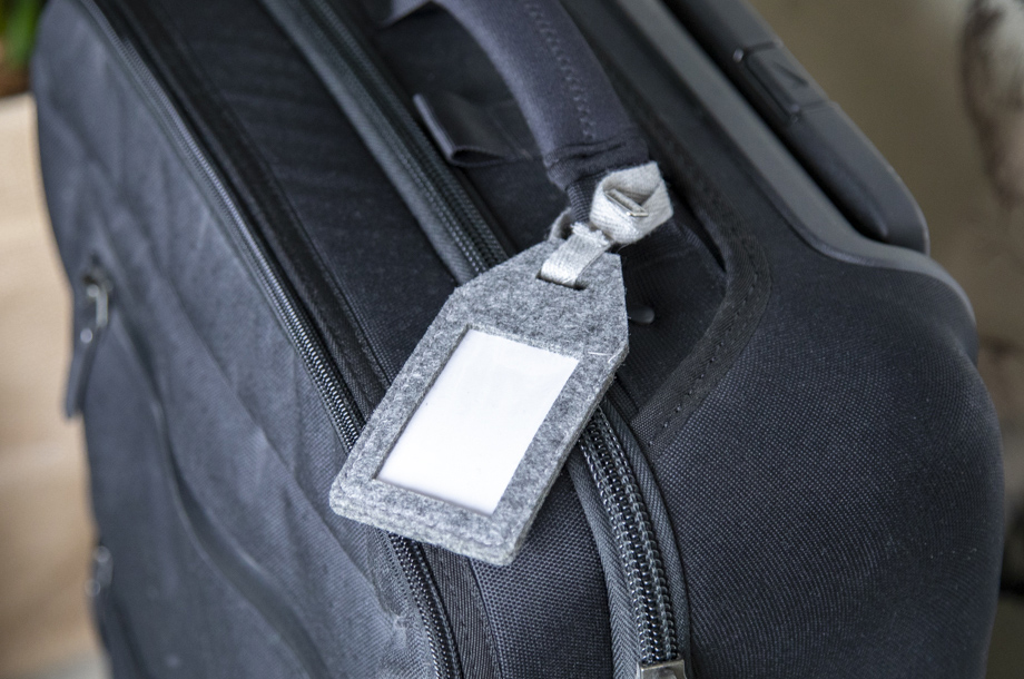 Koffer-Anhänger aus Filz