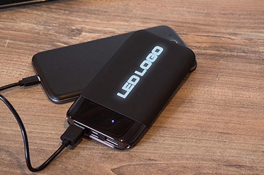 Powerbank LED Touch Shaky